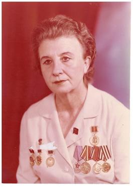 • Nina Covaliova (1953-1954)